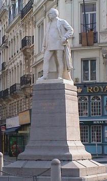 Brialmont at rue de Louvain