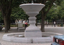 Magritte fountain