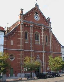 place du Jeu de Balle church