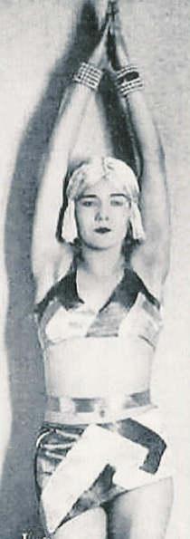 Akarova